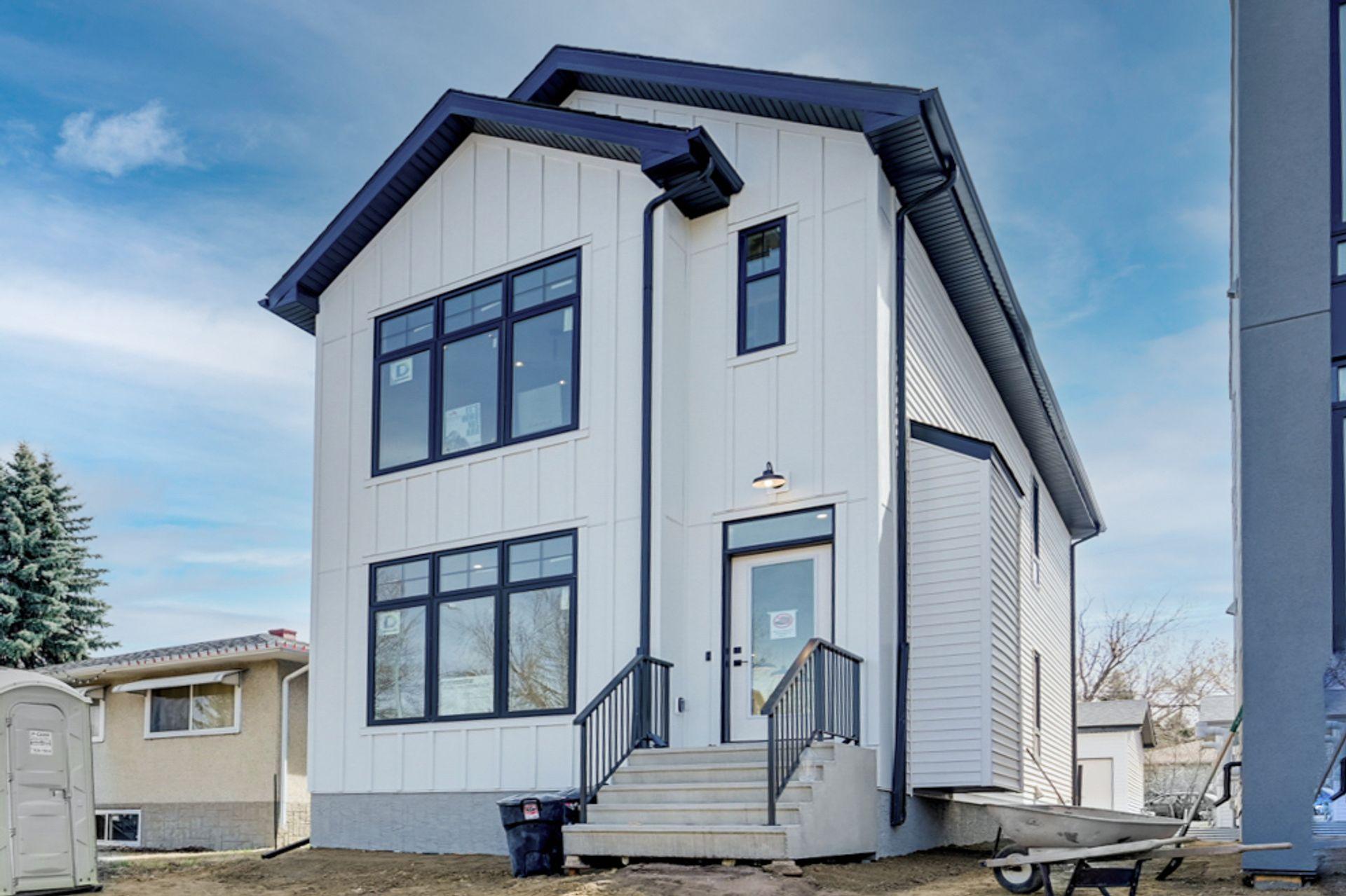9549 85 Street, Holyrood, Edmonton