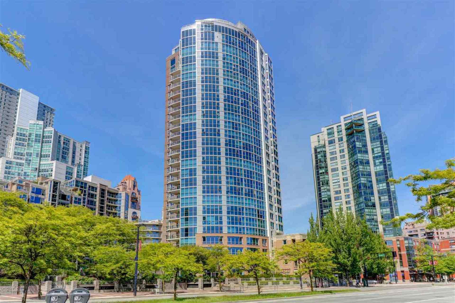 388-drake-street-yaletown-vancouver-west-01 at 103 - 388 Drake Street, Yaletown, Vancouver West
