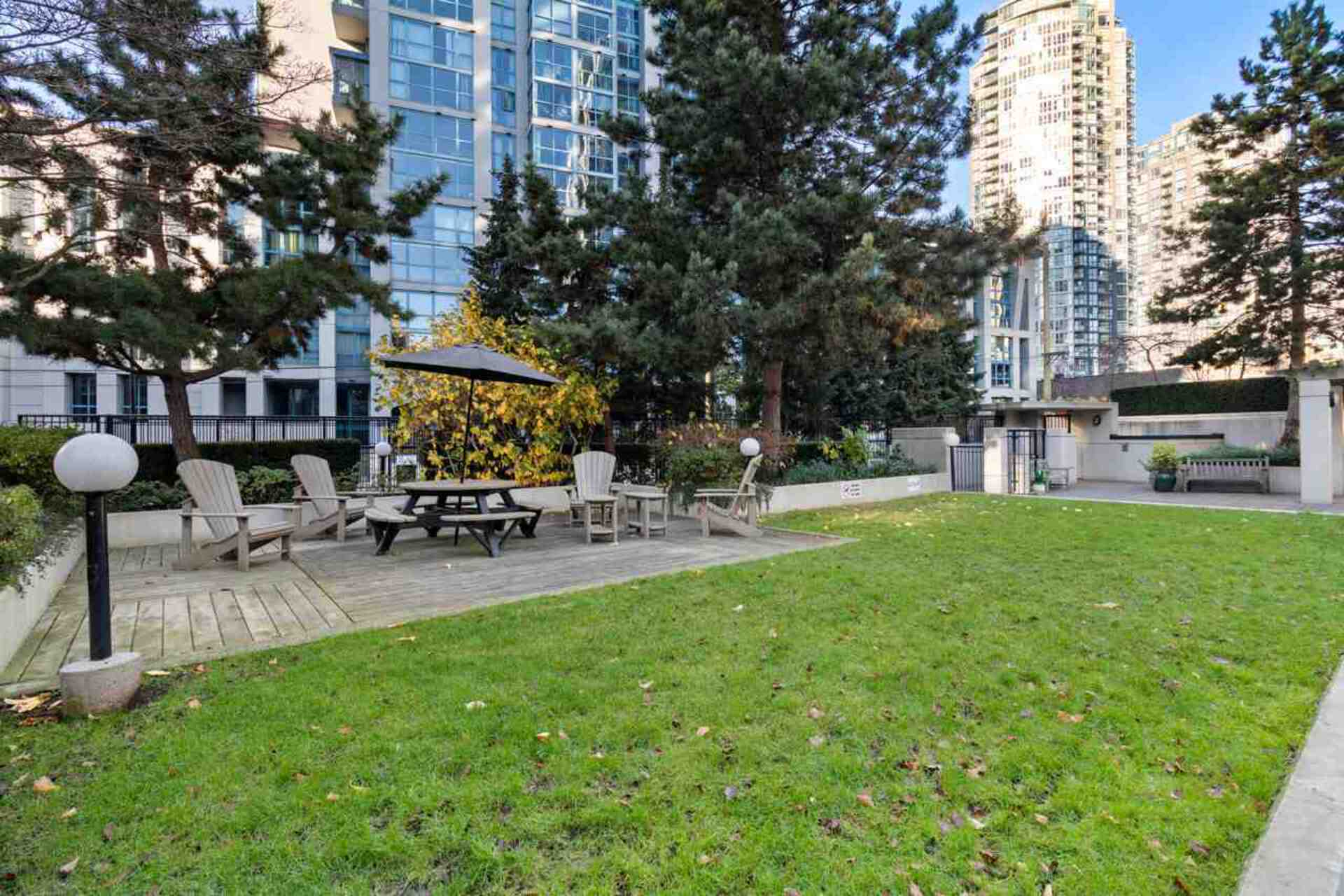 1295-richards-street-downtown-vw-vancouver-west-18 at 2105 - 1295 Richards Street, Downtown VW, Vancouver West