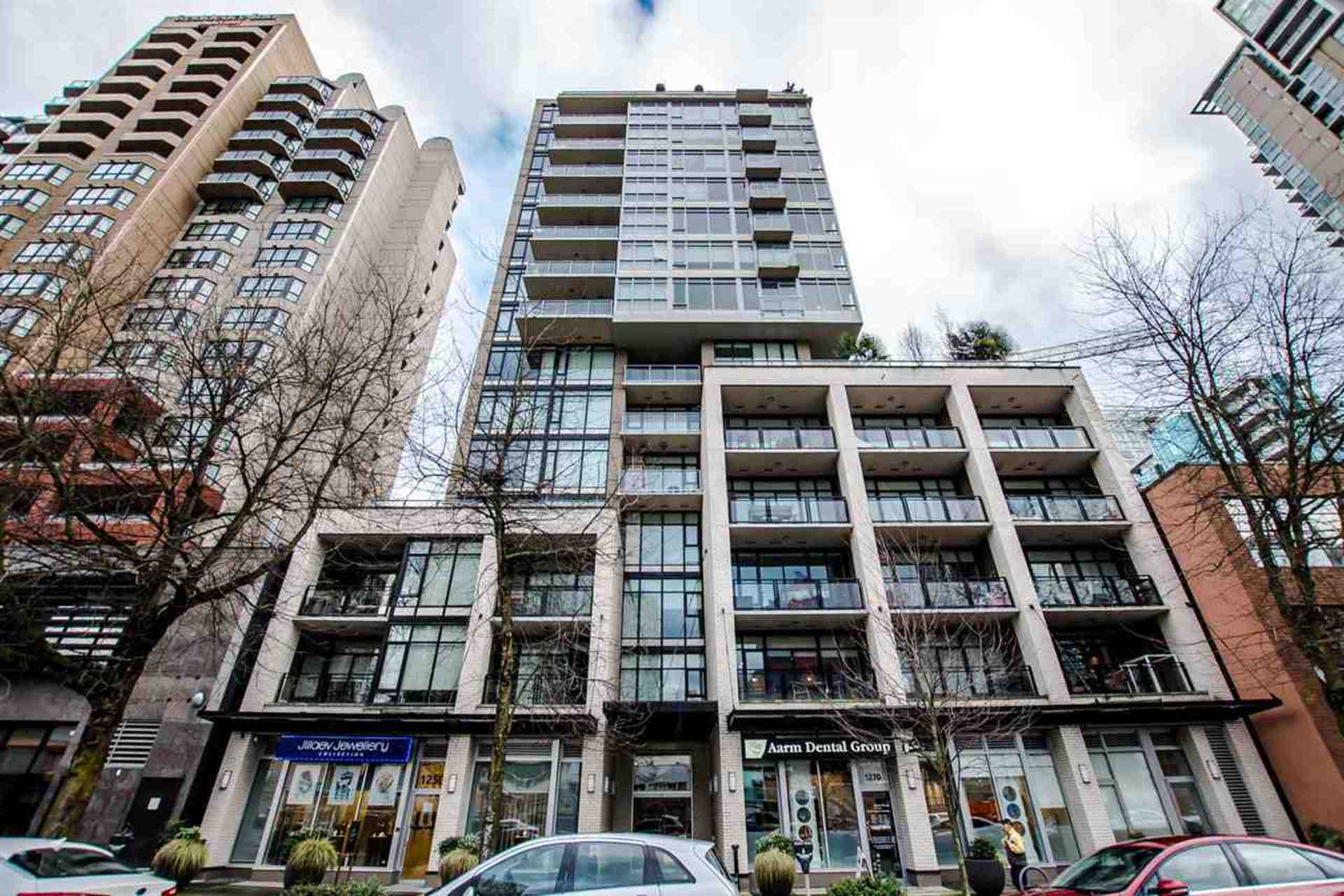 building at 1002 - 1252 Hornby Street, Downtown VW, Vancouver West