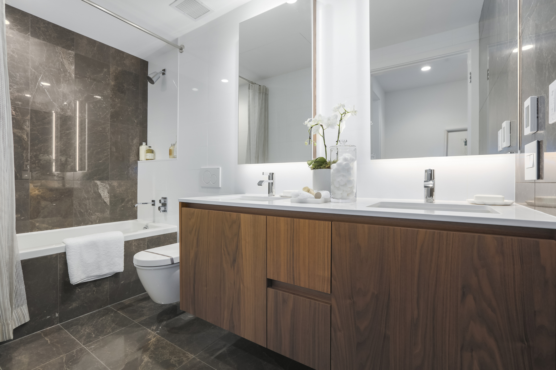 15 at 201 - 375 W 59th Avenue, South Cambie, Vancouver West