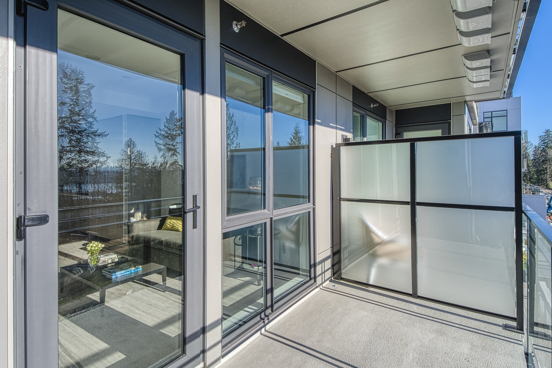 16 at 307 - 707 E 3rd Street, Lower Lonsdale, North Vancouver