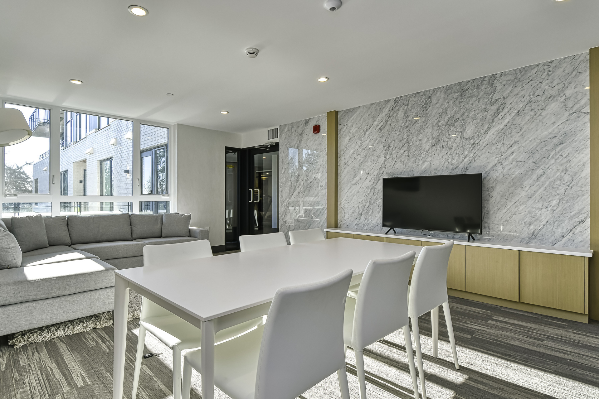 19 at 307 - 707 E 3rd Street, Lower Lonsdale, North Vancouver