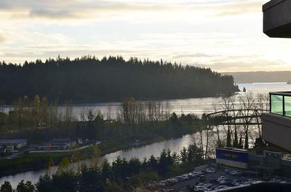 262162359-1 at 17A - 338 Taylor Way, Park Royal, West Vancouver