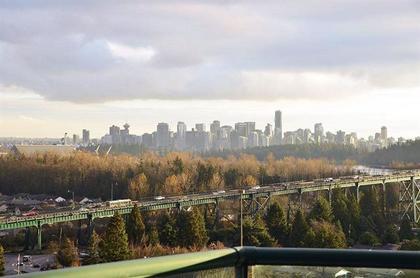 262162359 at 17A - 338 Taylor Way, Park Royal, West Vancouver