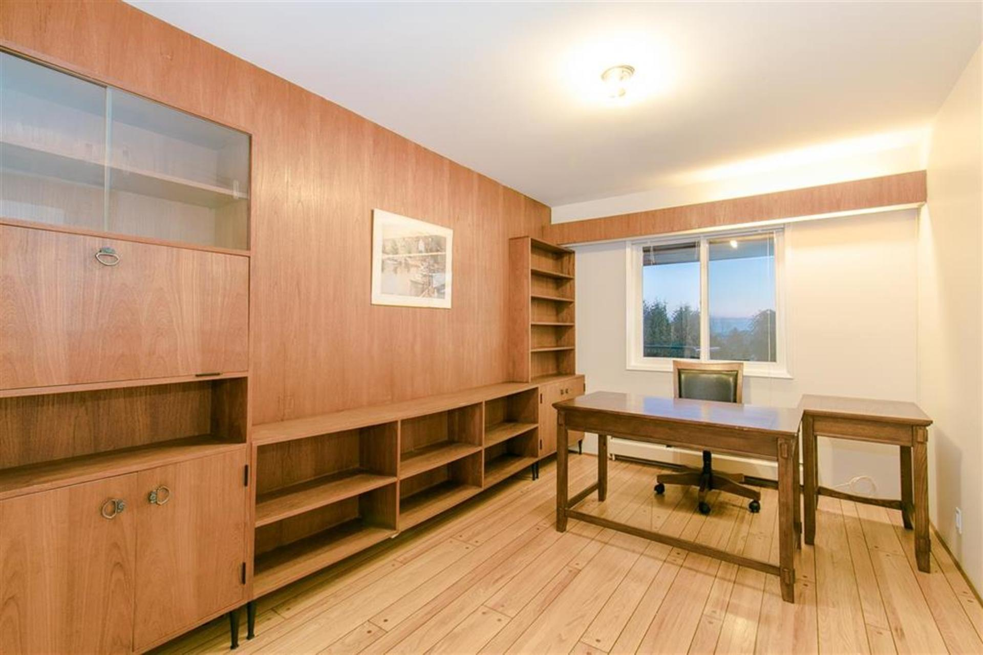 262178191-18 at 1257 Chartwell Place, Chartwell, West Vancouver