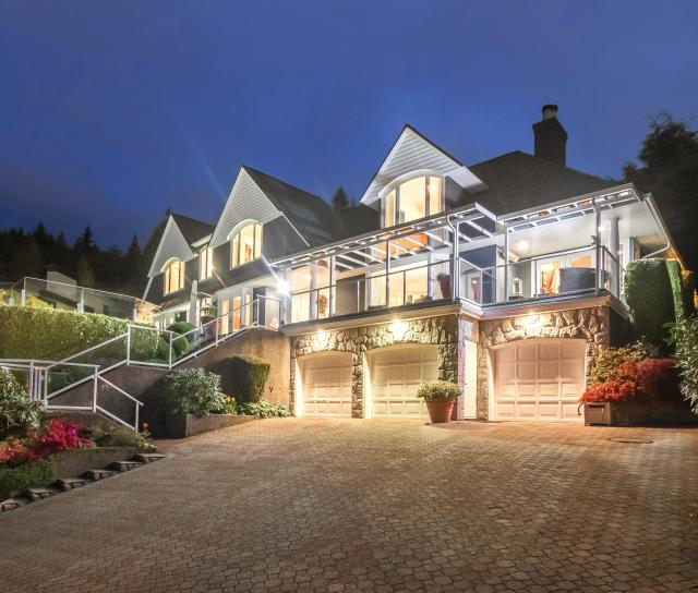 1489 Bramwell Road, Chartwell, West Vancouver 2