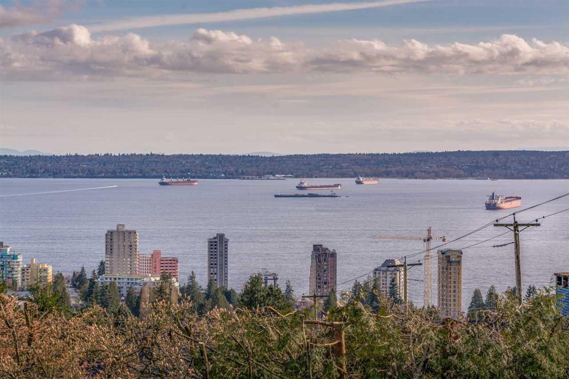 2187-queens-avenue-queens-west-vancouver-03 at 2187 Queens Avenue, Queens, West Vancouver