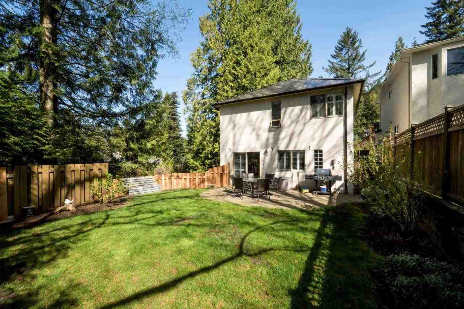 7 at 4990 Cedarcrest Avenue, Canyon Heights NV, North Vancouver