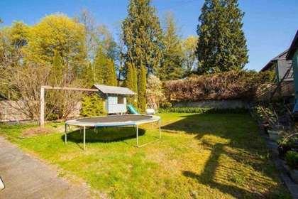 301-n-dollarton-highway-dollarton-north-vancouver-04 at 301 N Dollarton Highway, Dollarton, North Vancouver