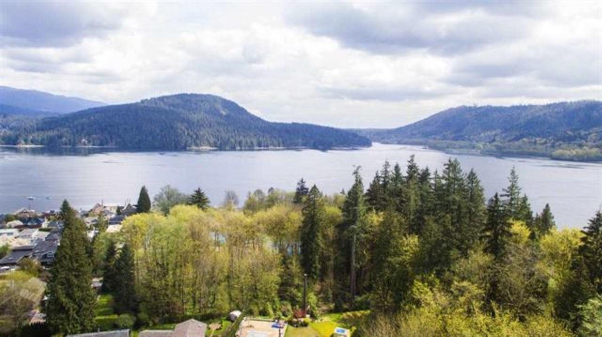 301 N Dollarton Highway, Dollarton, North Vancouver