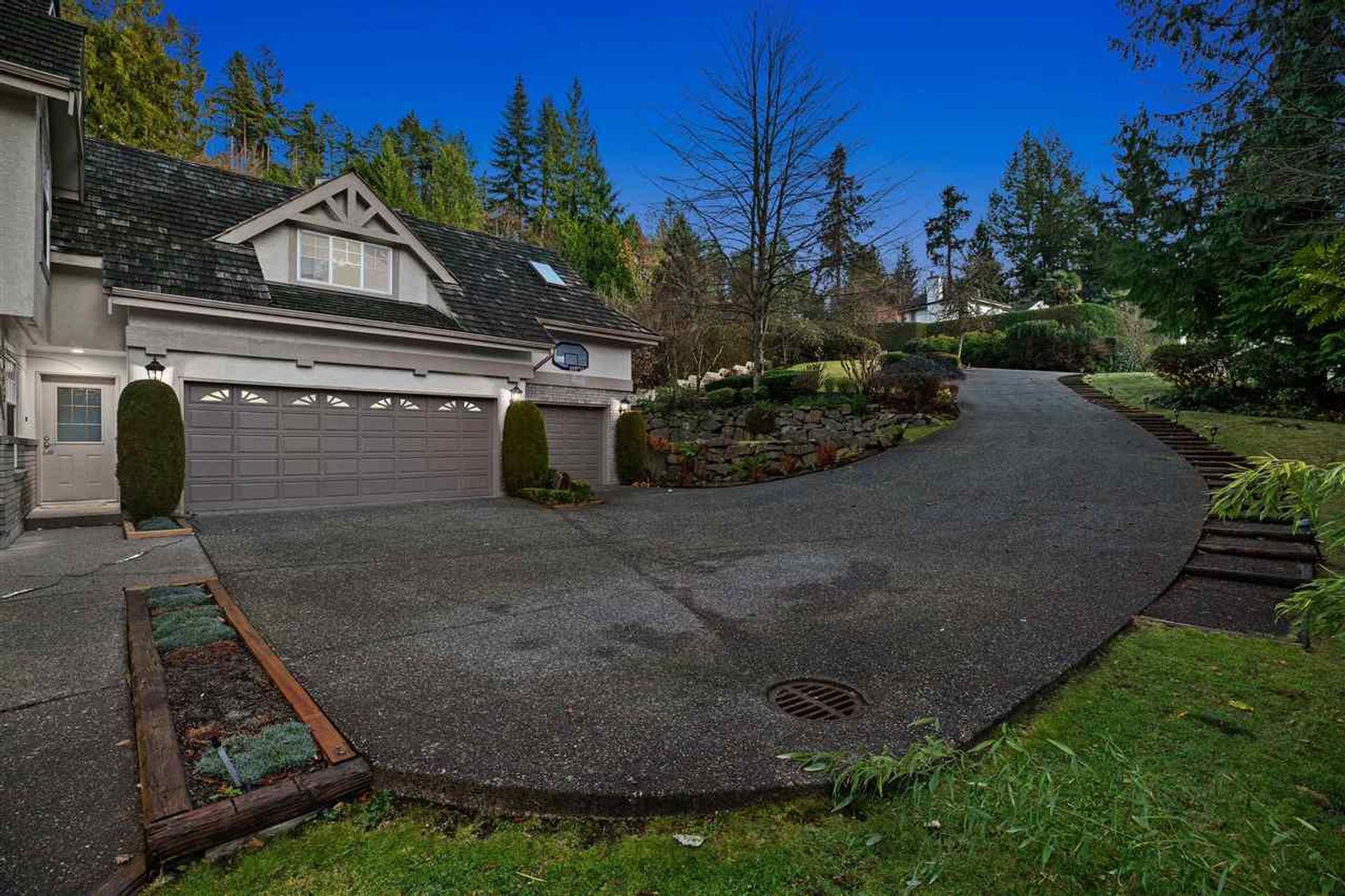 4725-the-glen-cypress-park-estates-west-vancouver-30 at 4725 The Glen, Cypress Park Estates, West Vancouver