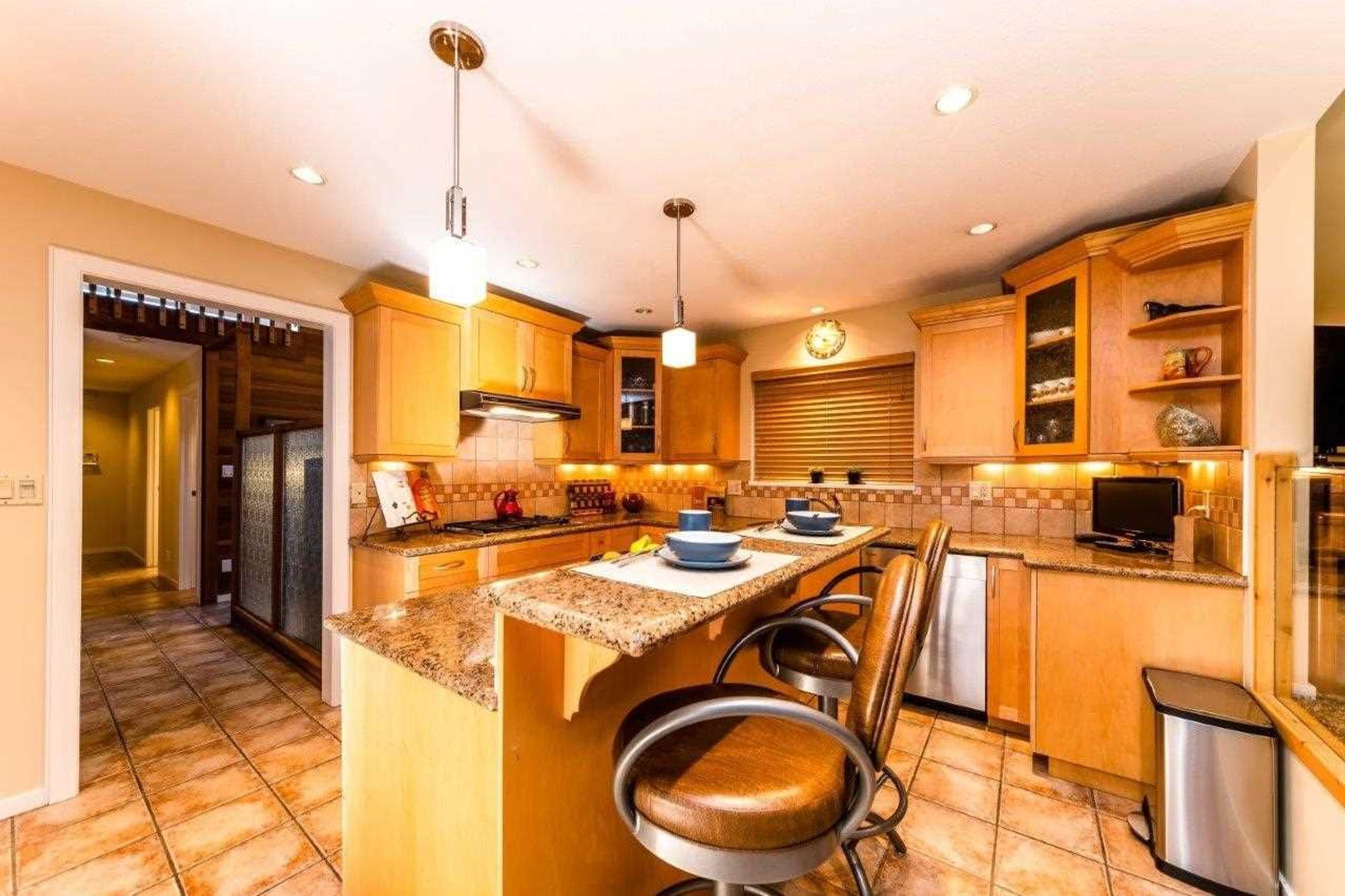 3760-st-pauls-avenue-upper-lonsdale-north-vancouver-11 at 3760 St. Pauls Avenue, Upper Lonsdale, North Vancouver