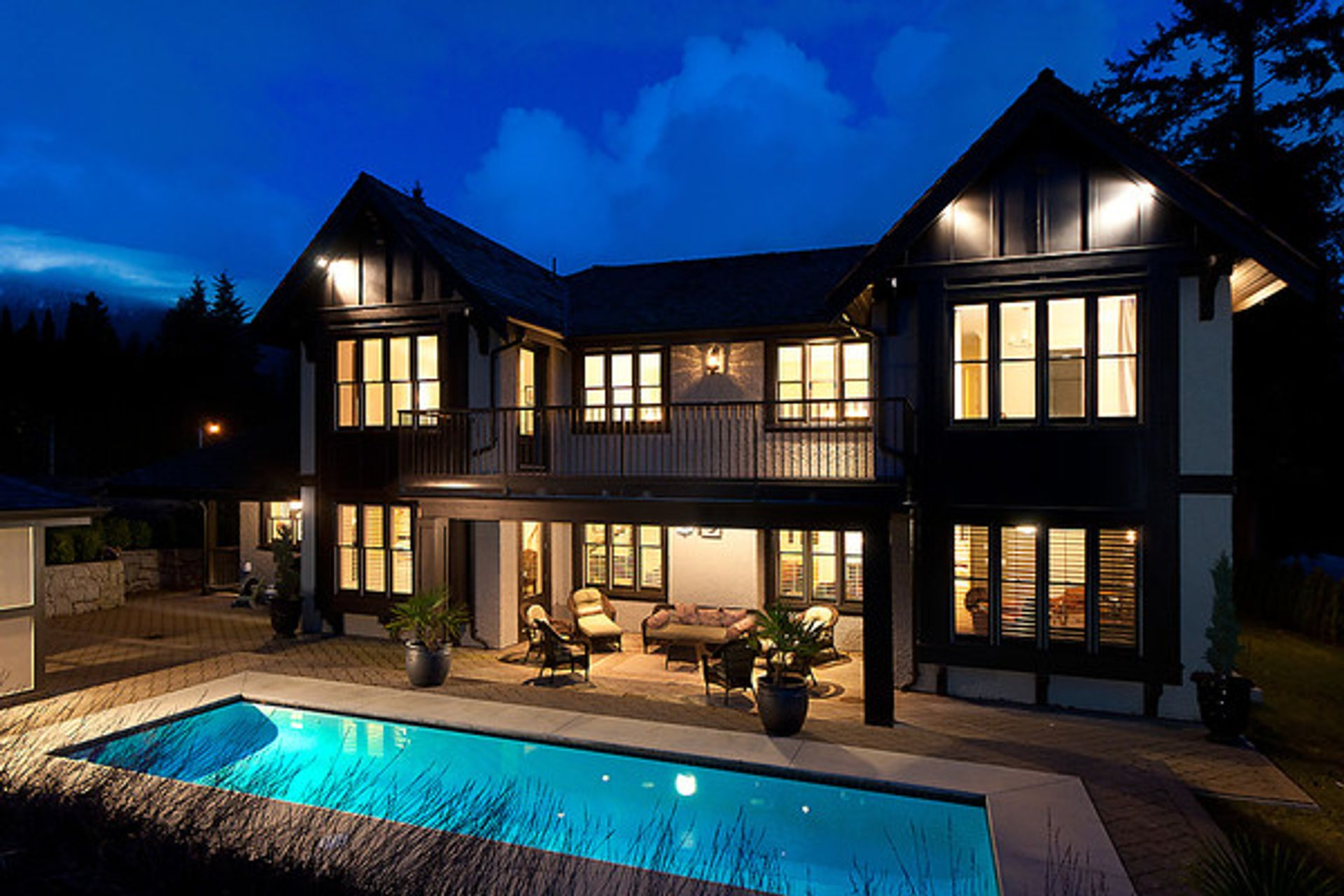 2 at 515 Southborough Drive, British Properties, West Vancouver
