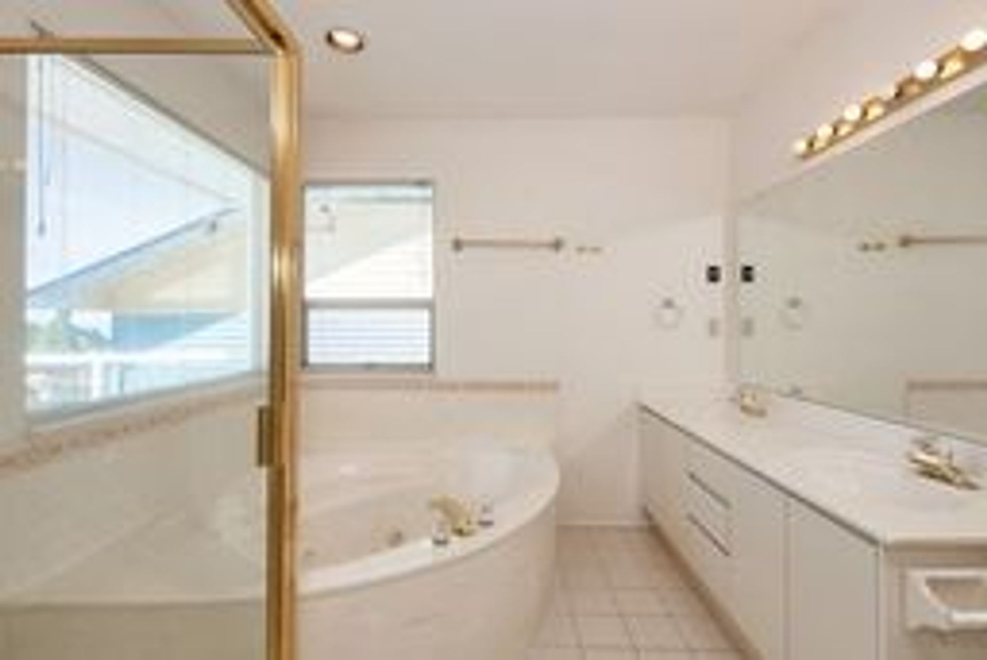 4 at 1276 Haywood Avenue, Ambleside, West Vancouver