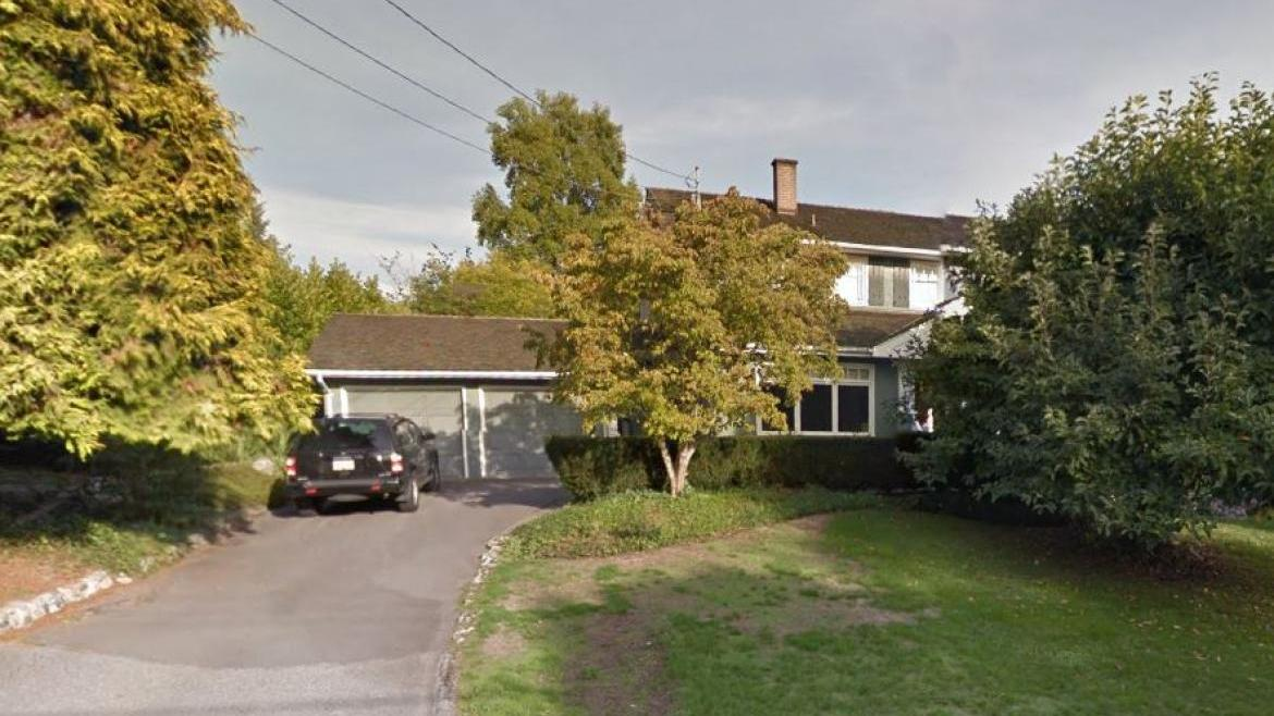 1560 19th Street, Ambleside, West Vancouver
