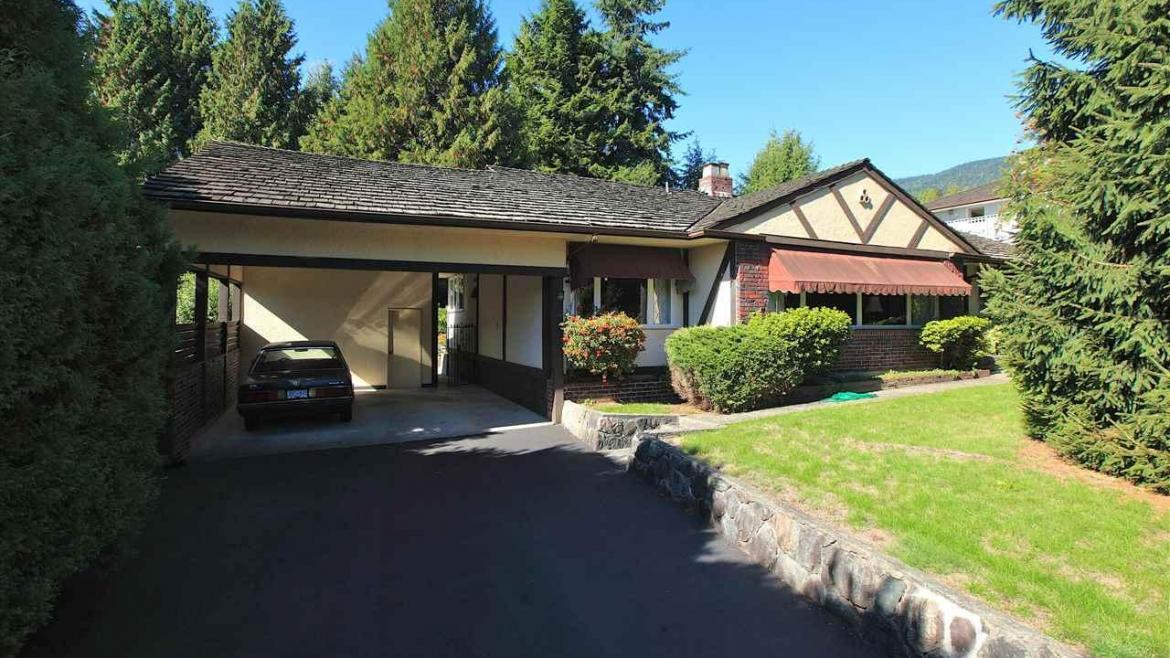 1811 St. Denis Road, Ambleside, West Vancouver