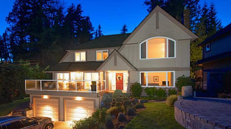 457 Hillcrest Street, Westmount WV, West Vancouver