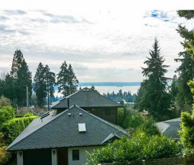 1724 Palmerston Avenue, Ambleside, West Vancouver 2
