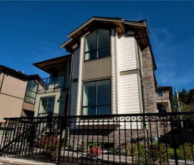 1436 Bewicke Avenue, Hamilton, North Vancouver 2