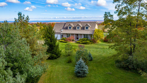 1 at 2517 124 County Road, Clearview