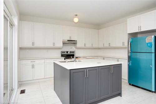 2 at 94 Kirby Avenue, Collingwood