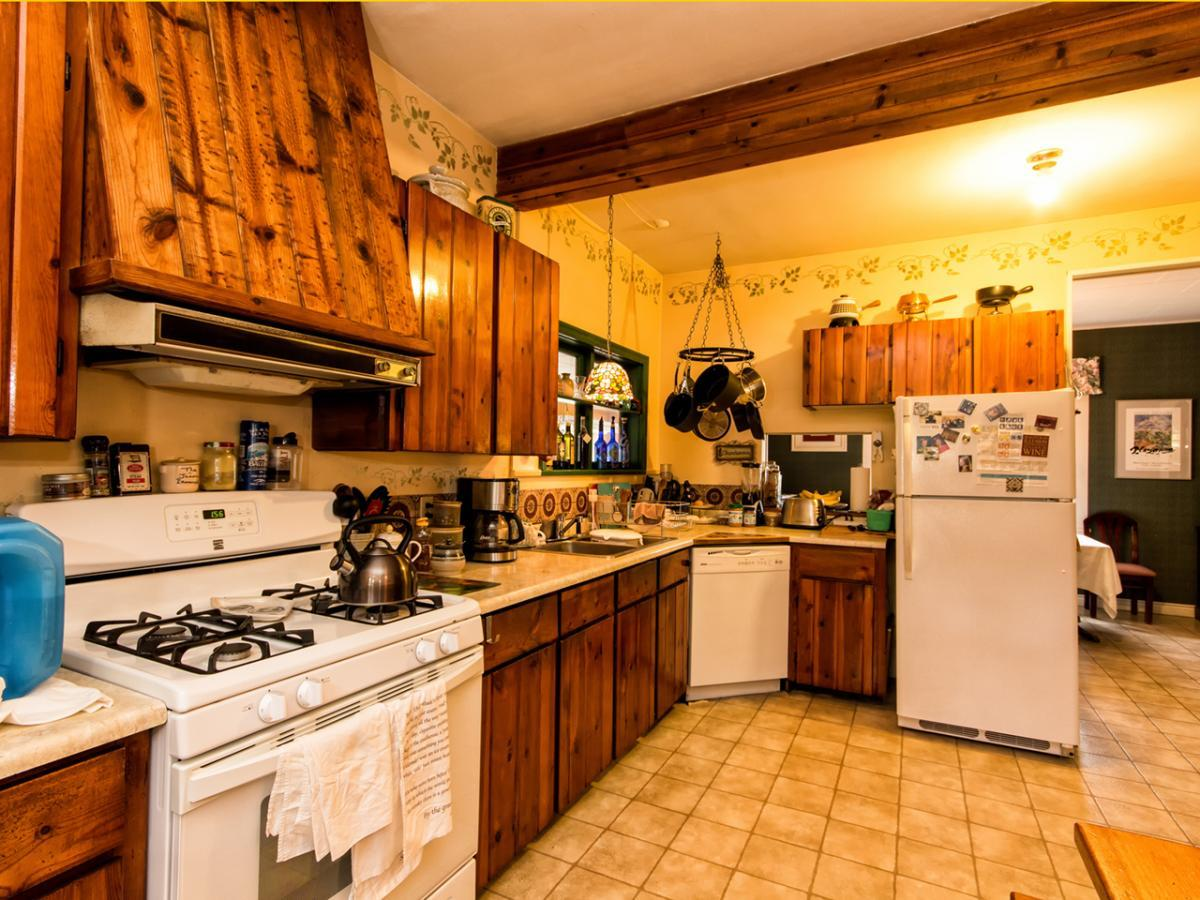 351006 at 351 Seymour River Place, North Vancouver