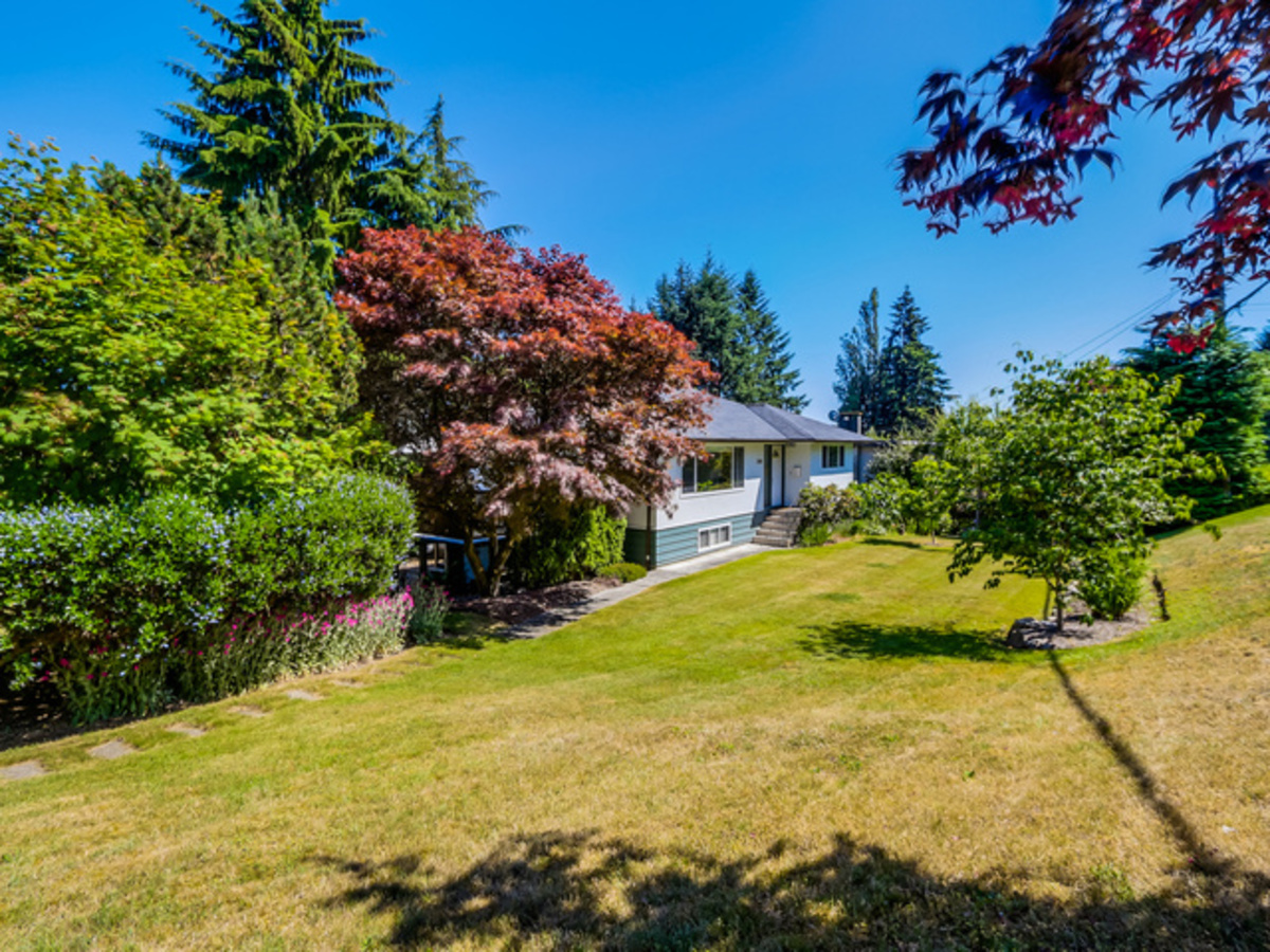 1 at 2050 Viewlynn Drive, Westlynn, North Vancouver