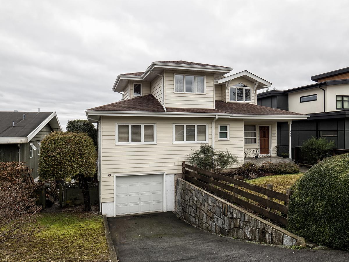 839-Drayton28 at 839 Drayton Street, Calverhall, North Vancouver