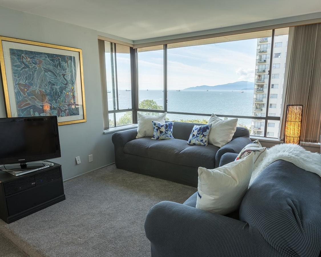 Second Floor Den Area and View at 1002 - 1236 Bidwell Street, West End VW, Vancouver West