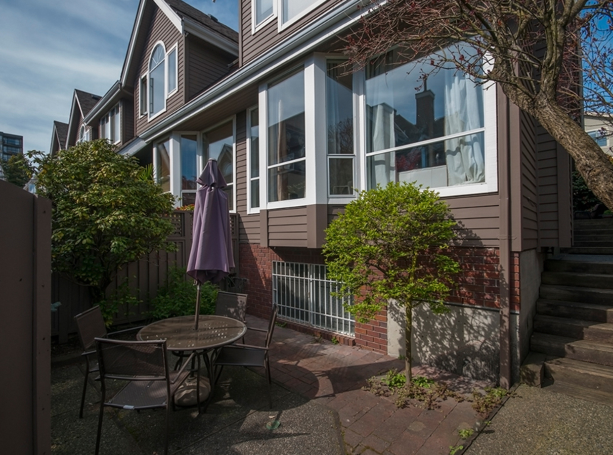230 at 5 - 230 East Keith Road, Central Lonsdale, North Vancouver
