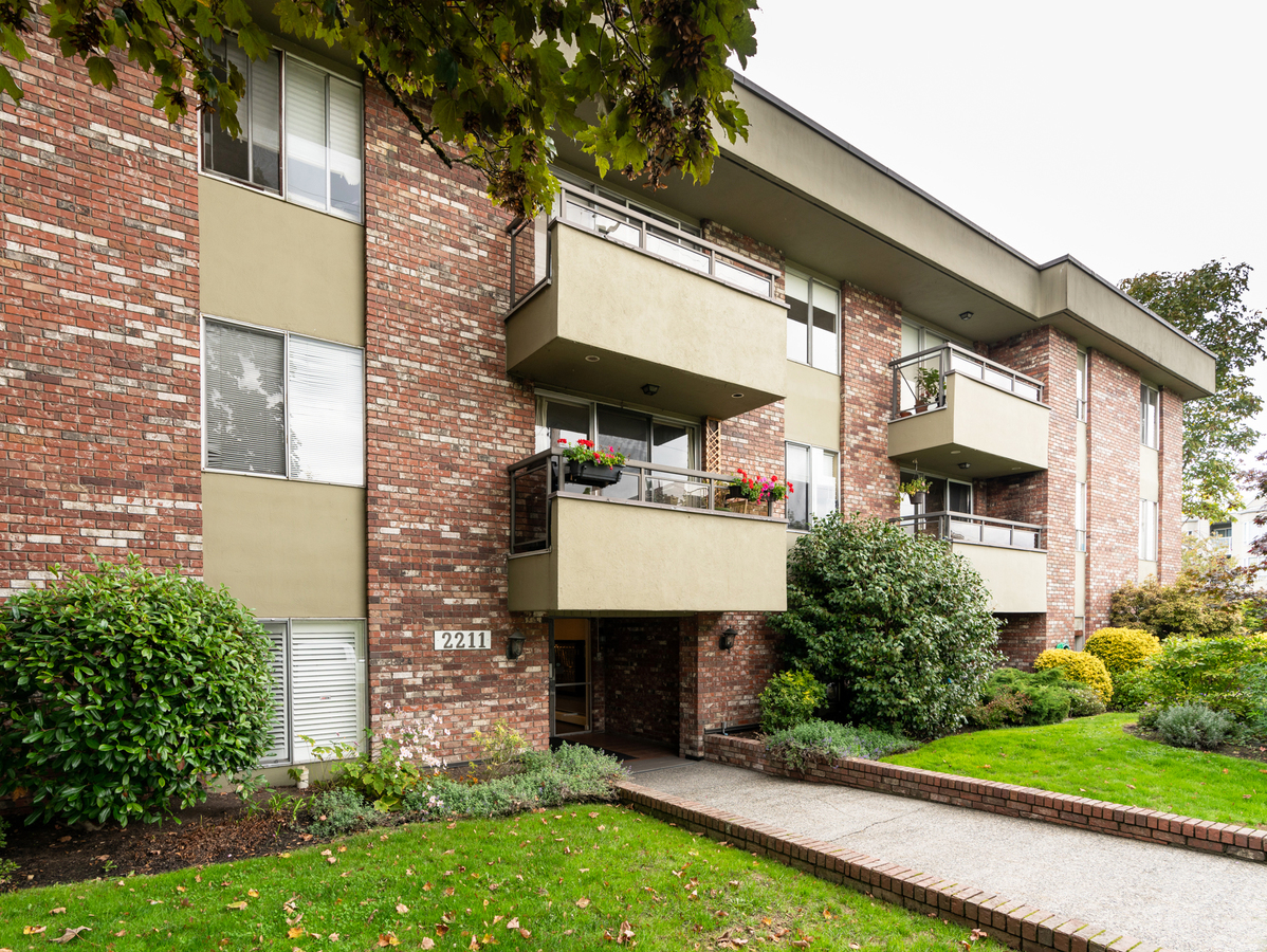 102-2211-west-5th-38025 at 102 - 2211 W 5th Avenue, Kitsilano, Vancouver West