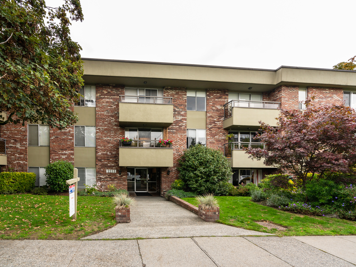 102-2211-west-5th-38023 at 107 - 2211 West 5th Avenue, Kitsilano, Vancouver West
