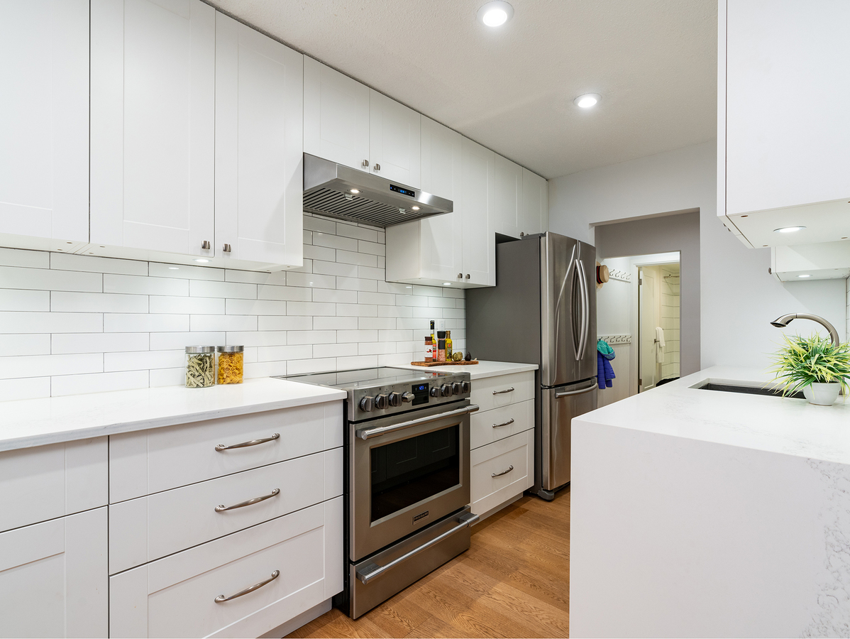 107-2211-w-5th-ave-31430 at 107 - 2211 West 5th Avenue, Kitsilano, Vancouver West
