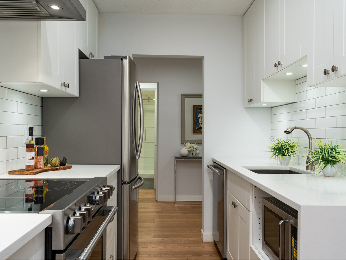 107-2211-w-5th-ave-31432 at 107 - 2211 West 5th Avenue, Kitsilano, Vancouver West