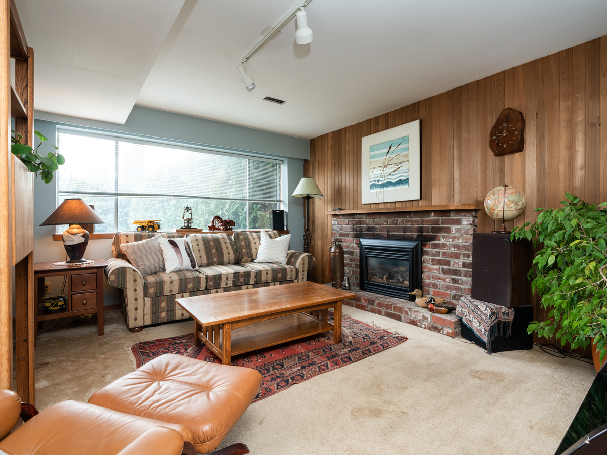 1284-west-23rd-6 at 1284 W 23rd Street, Pemberton Heights, North Vancouver