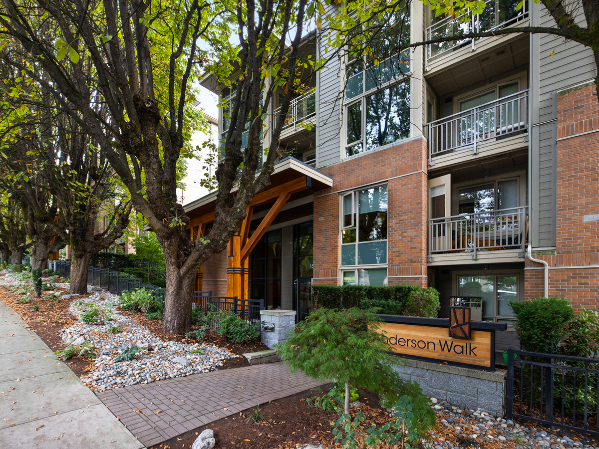 102-159-w-22-20 at 102 - 159 W 22nd Street, Central Lonsdale, North Vancouver
