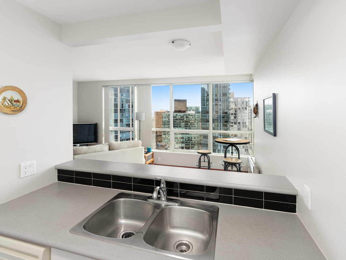 2403-588-broughton-st-5 at 2403 - 588 Broughton Street, Coal Harbour, Vancouver West