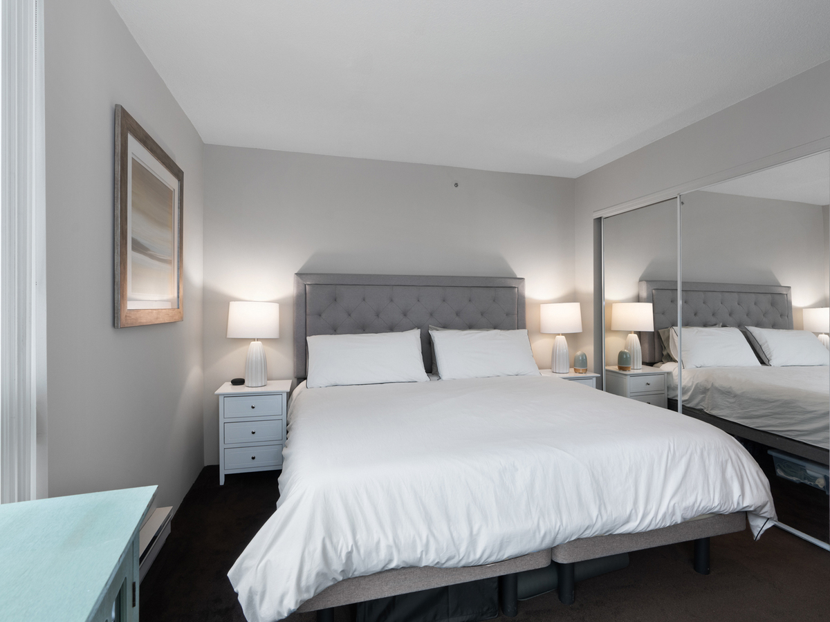 702-555-jervis-st-1-5 at 702 - 555 Jervis Street, Coal Harbour, Vancouver West
