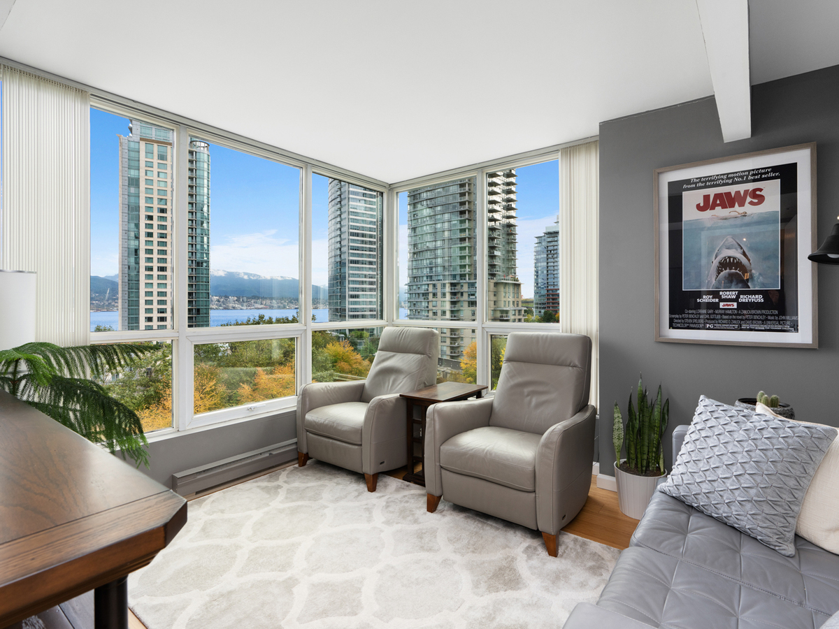 702-555-jervis-st-1 at 702 - 555 Jervis Street, Coal Harbour, Vancouver West