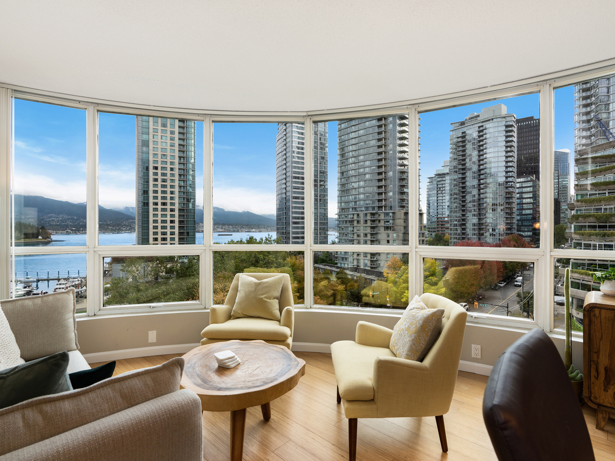 702-555-jervis-st-4867 at 702 - 555 Jervis Street, Coal Harbour, Vancouver West