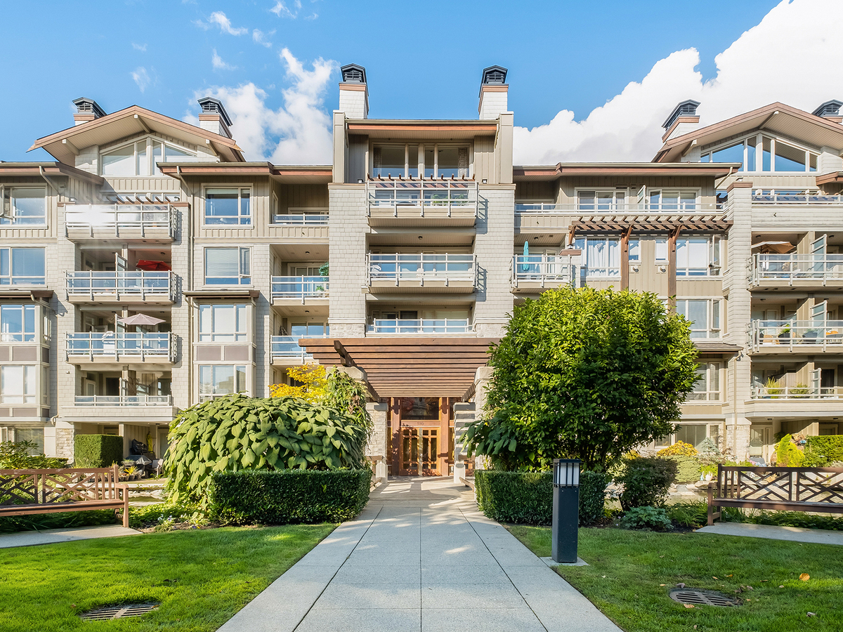 002 at 206 - 580 Raven Woods Drive, Roche Point, North Vancouver