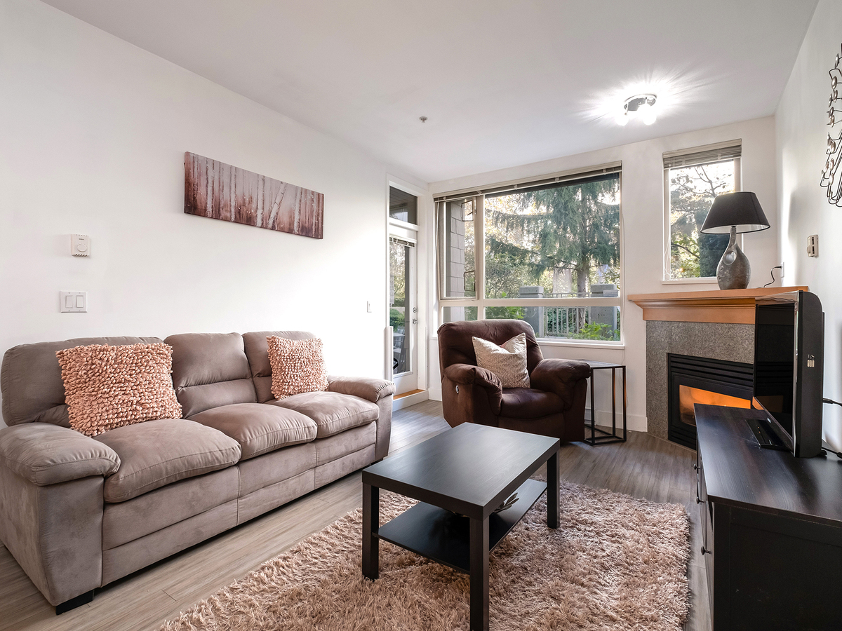 009 at 206 - 580 Raven Woods Drive, Roche Point, North Vancouver