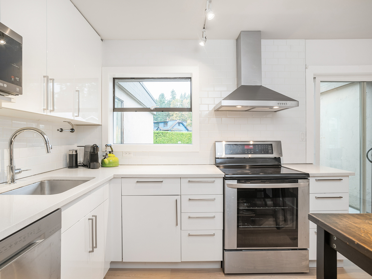 18 at 1295 Plateau Drive, Pemberton Heights, North Vancouver