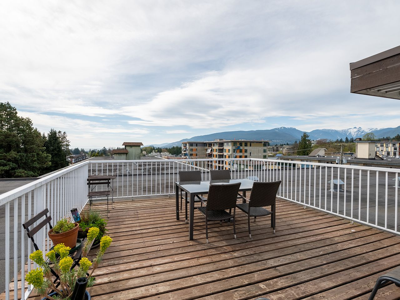 23 at 108 - 160 E 19th Street, Central Lonsdale, North Vancouver
