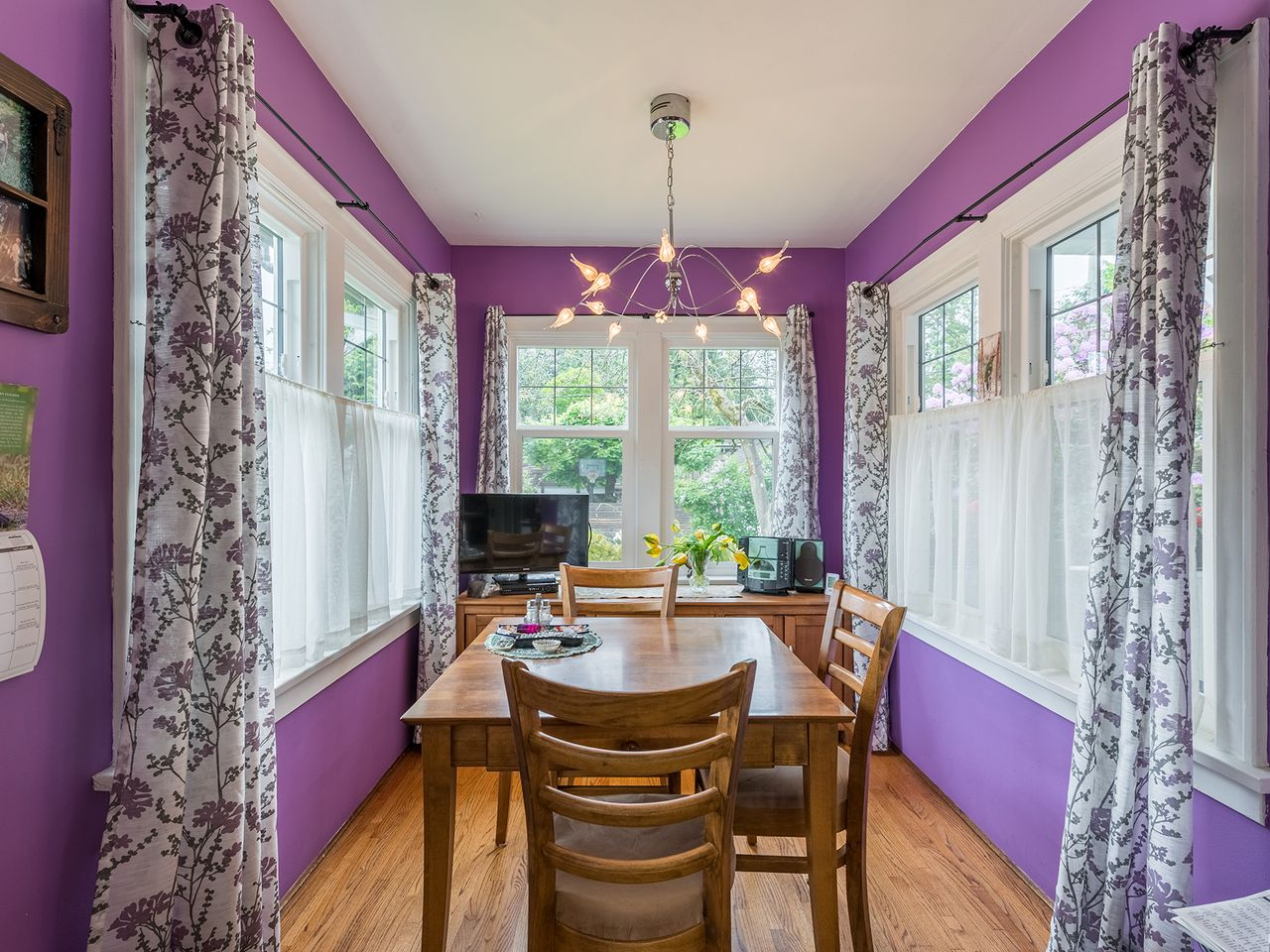 10 at 2016 Bowser Avenue, Pemberton Heights, North Vancouver