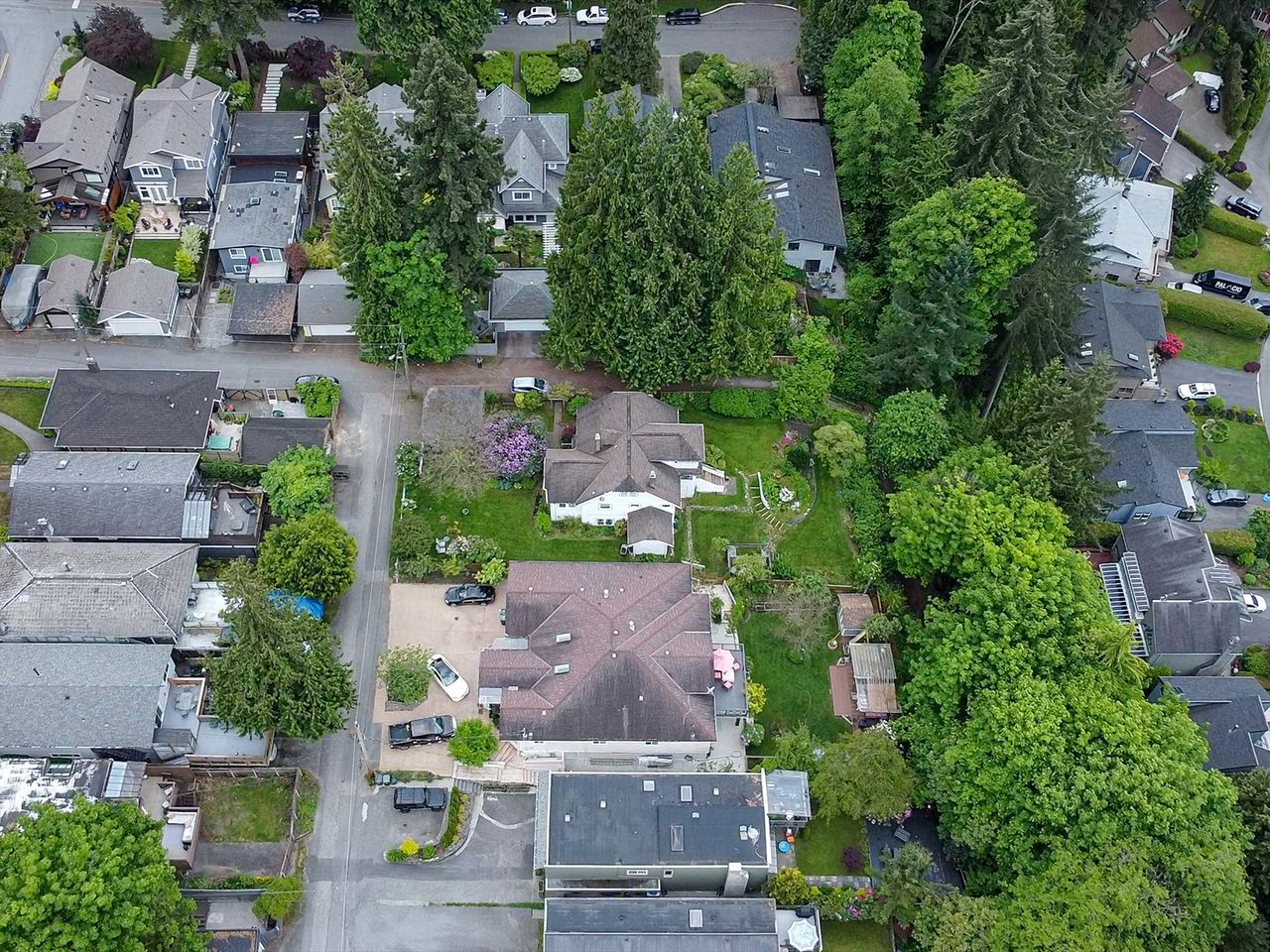 101 at 2016 Bowser Avenue, Pemberton Heights, North Vancouver