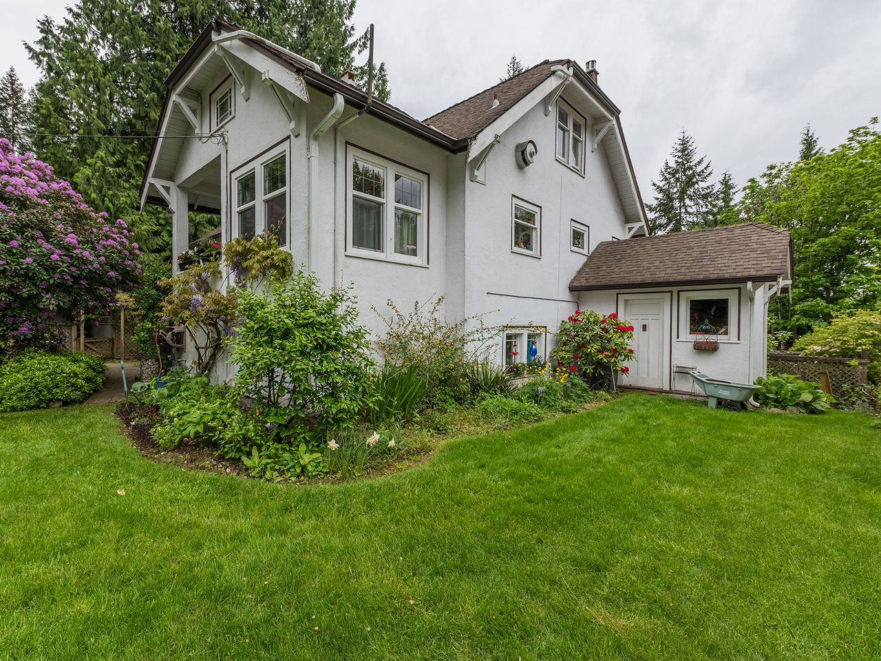 5 at 2016 Bowser Avenue, Pemberton Heights, North Vancouver