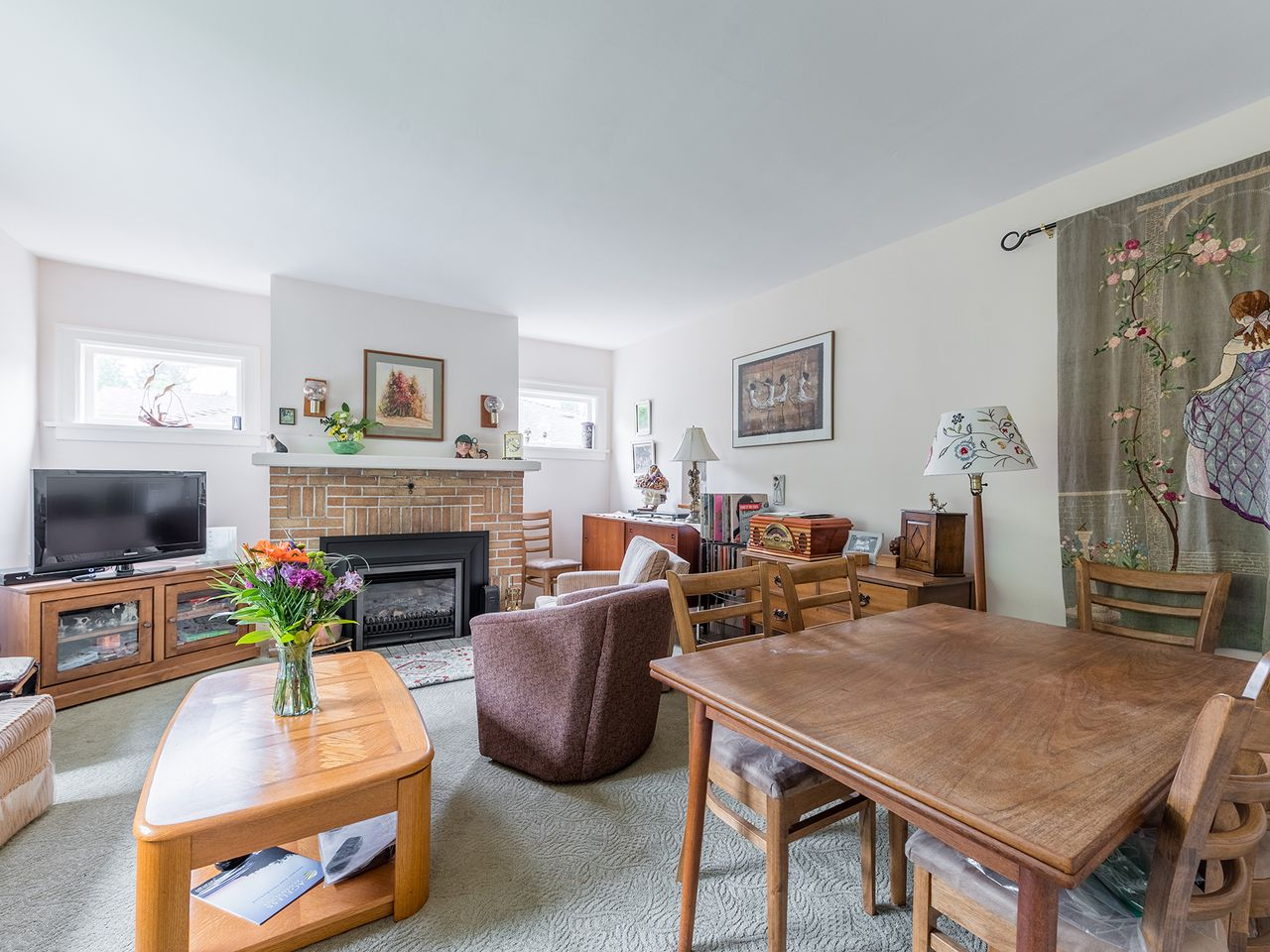 6 at 2016 Bowser Avenue, Pemberton Heights, North Vancouver