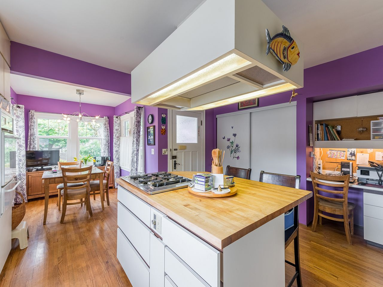9 at 2016 Bowser Avenue, Pemberton Heights, North Vancouver